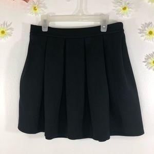 Black Aeropostale skirt
